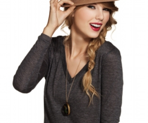 Taylor Swift and hat image