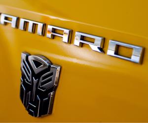camaro and yellow image
