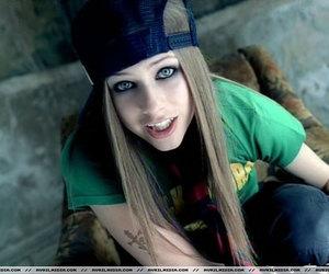 Avril Lavigne, Avril, and sk8er boi image