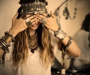 girl, rings, and hippie image