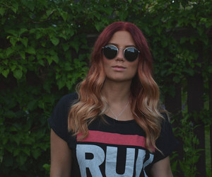 curly, ombre, and red hair image