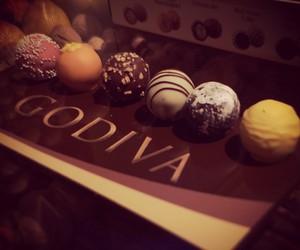 chocolate and godiva image