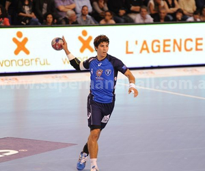 Best, hermoso, and handball player image
