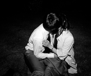 kiss, black and white, and couple image