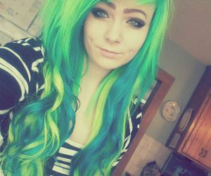 dyed hair, girl, and green hair image