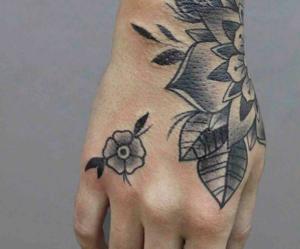 flower, mao, and tattoo image