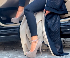 hijab, style, and shoes image