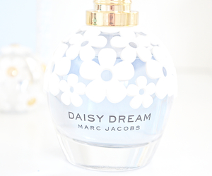 flowers, marc jacobs, and perfume image