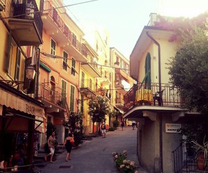 beautiful, italy, and cinque image