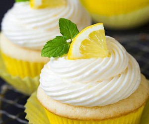cupcake, food, and lemon image