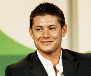 dean winchester, lindo, and supernatural image