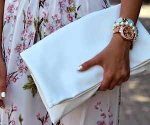 chic, look, and skirt image