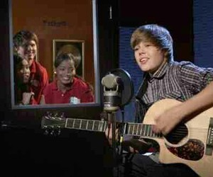 celebrities, justin bieber, and true jackson vp image