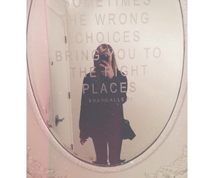 mirror and jennxpenn image