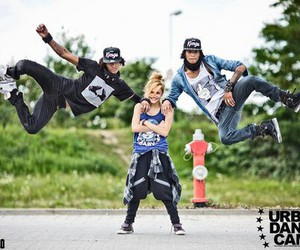 dance, les twins, and chachi image