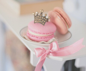 cupcake, Queen, and food image