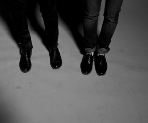 shoes, black and white, and Tegan and sara image