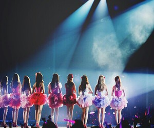 girls generation, lights, and pink image