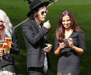 Harry Styles, one direction, and sophia smith image