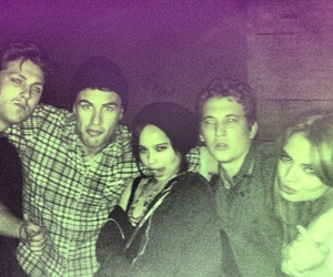 zoe kravitz, theo james, and miles teller image