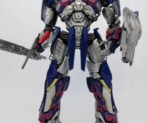 transformers, optimusprime, and actionfigure image