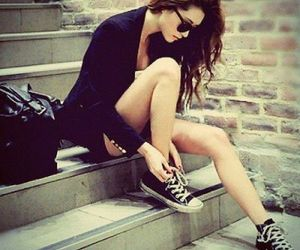 girl, fashion, and converse image