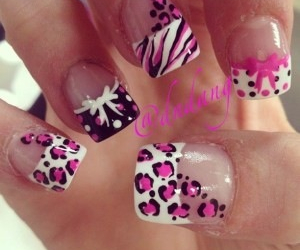 nails, bow, and pink image