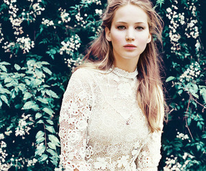 Jennifer Lawrence, hunger games, and actress image