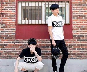 fashion, ulzzang, and xoxo image