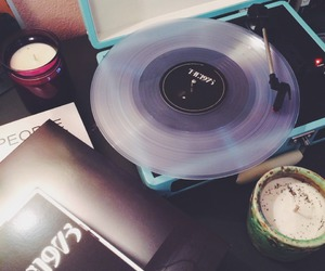music, the 1975, and grunge image