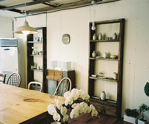 deco, flowers, and furniture image