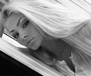 alena shishkova, alenashishkova.tumblr.com, and wtf ugly ayebrows image