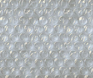 pink, bubbles, and bubble wrap image