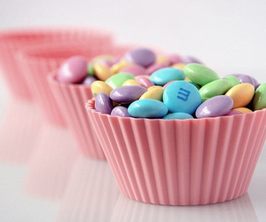 pastel, rainbow, and cupcake wrapper image