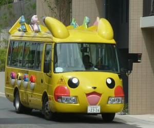 bus and pikachu image