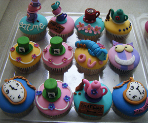 cupcake and alice in wonderland image
