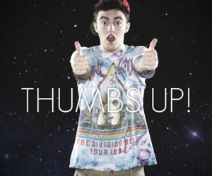 thumbs up and mac miller image