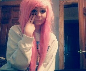 emo, hair, and Piercings image