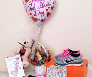 balloons, couple, and nike image