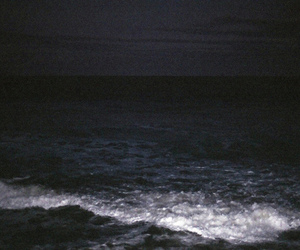 sea, dark, and grunge image