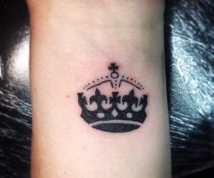 crown, wrist, and tattoo apprentice image