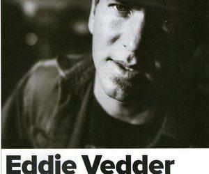 eddie vedder, pearl jam, and reddev image