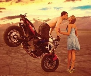 kiss, sunset, and Motor image