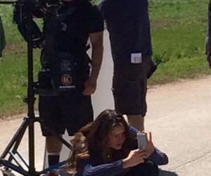 Nina Dobrev, cast tvd, and set tvd image