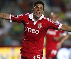 benfica and enzo perez image