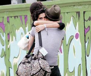 Amy Winehouse, couple, and hug image