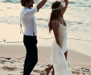 beach, perfect, and couple image