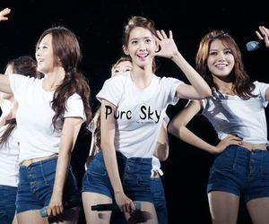girls generation, yoona, and yuri image
