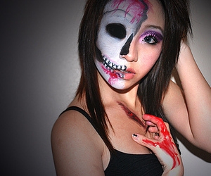 girl, blood, and make up image