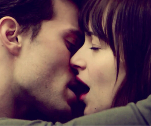 fifty shades of grey, kiss, and christian grey image